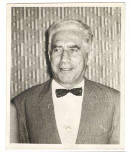 Who Built Minar-e-Pakistan